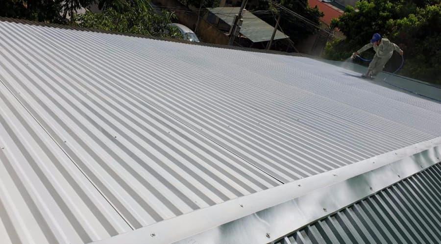 Thi công sơn chống nóng mái tôn tại hà nội